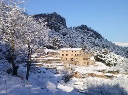 Refugio La Cabrera nevado
